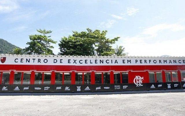 Flamengo fica perto de Romulo, Conca e Marinho