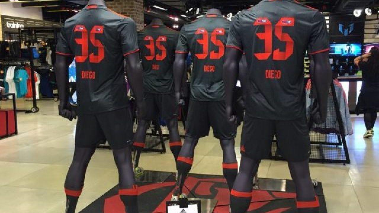 57aaceb25b6f9 Adidas aponta Flamengo à frente do Milan em venda de camisas - Flamengo -  Notícias, contratações, jogos e classificação - Coluna do Fla