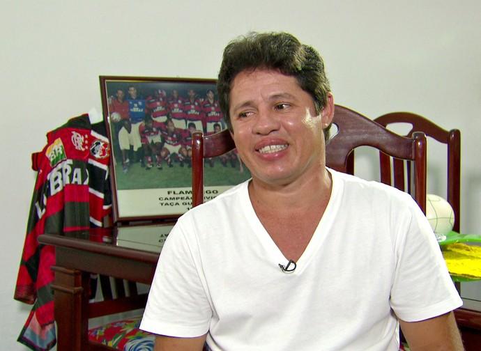 """Iranildo, sobre Fla e Santa Cruz: """"Me desculpa torcida tricolor, mas sou Flamengo"""" (Foto: Reprodução Globo Esporte)"""