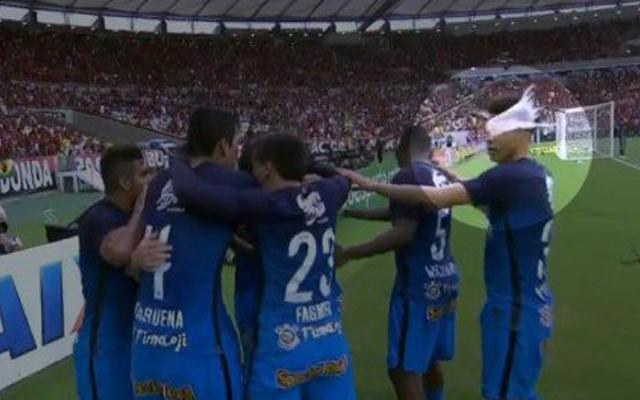 Resultado de imagem para Flamengo é denunciado por copo arremessado e pode até perder mandos no STJD
