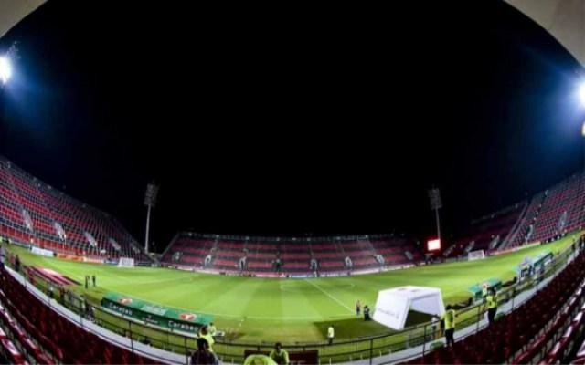 Flamengo bate Ponte Preta na estreia da renovada Ilha do Urubu