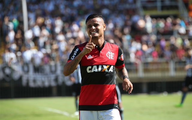 Flamengo modificado empata na Ressacada com o Avaí