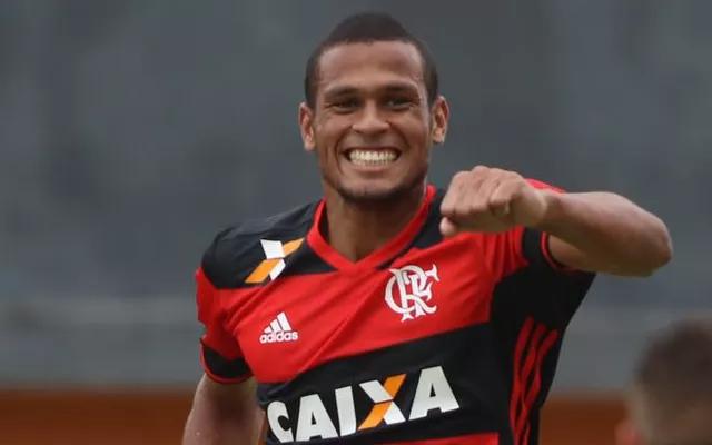 Assinou! Jovem atacante deixa o Flamengo e acerta com clube português