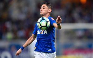 72f2859b6c999 Flamengo teria oferecido R  15 milhões por Diogo Barbosa - Coluna do ...