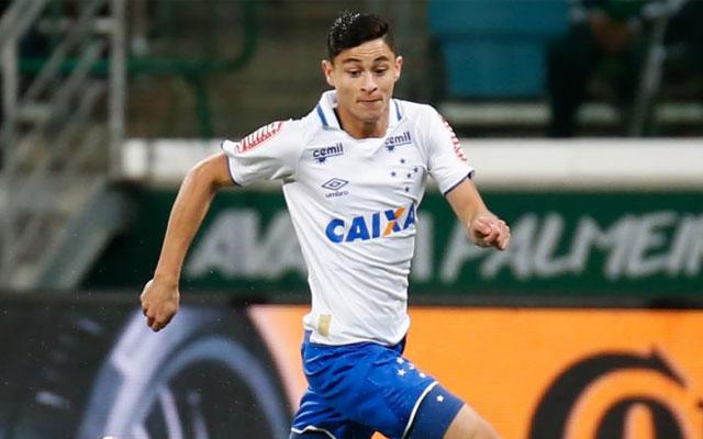 772a5e1d49a51 Flamengo teria oferecido R  15 milhões por Diogo Barbosa - Coluna do Fla -  Notícias