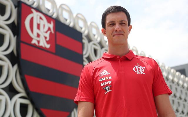 Flamengo teria procurado ex-treinador da seleção da Argentina, afirma jornal