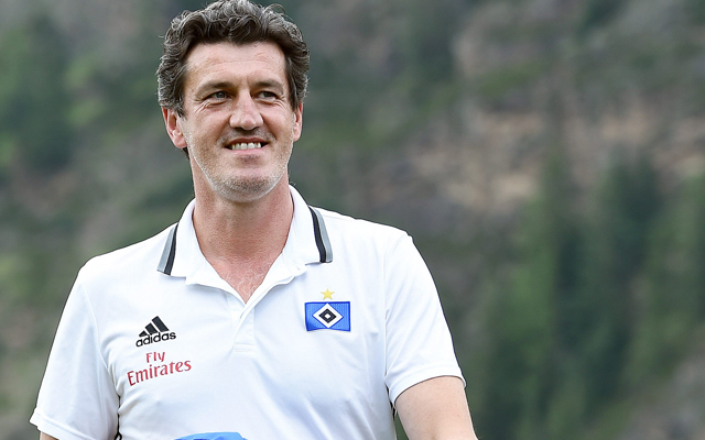 Diretor do Hamburgo diz que Walace não será liberado para o Fla - Coluna do  Flamengo - Notícias a9f3def6007f0