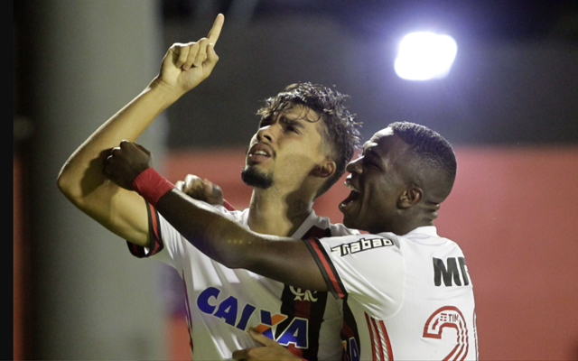 Jornal compara Paquetá a ex-jogador da seleção e coloca joia na mira de  gigantes italianos - Coluna do Flamengo - Notícias f7b7fb200b305