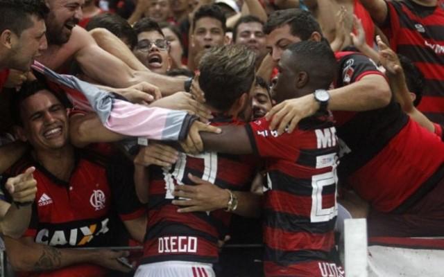 a3df8a5289 Jornalistas elogiam jovem destaque do Flamengo no ano - Coluna do Flamengo  - Notícias