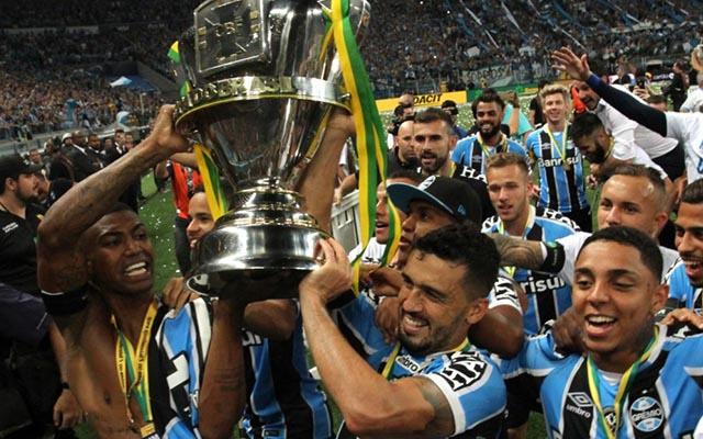 """14d06b64f8 Roberto Assaf  """"Fla venceu Grêmio duas vezes em Porto Alegre na Copa do  Brasil"""""""