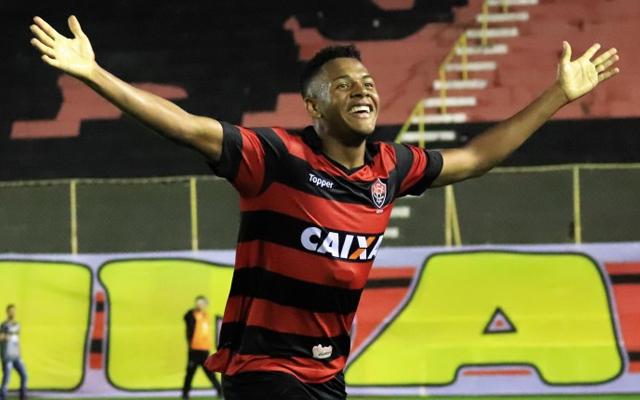 Vitória bate o Corinthians e se classifica para enfrentar o Flamengo em  semifinal do Brasileiro sub-20 - Coluna do Flamengo - Notícias 1bd7a56505877