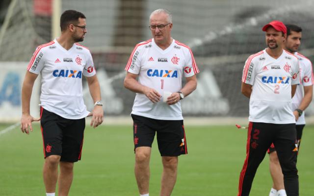 Flamengo fecha treino à imprensa pela primeira vez na semana d371f7094b47a