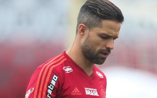 [ENQUETE] Diego ainda tem espaço no time titular do Mengão?