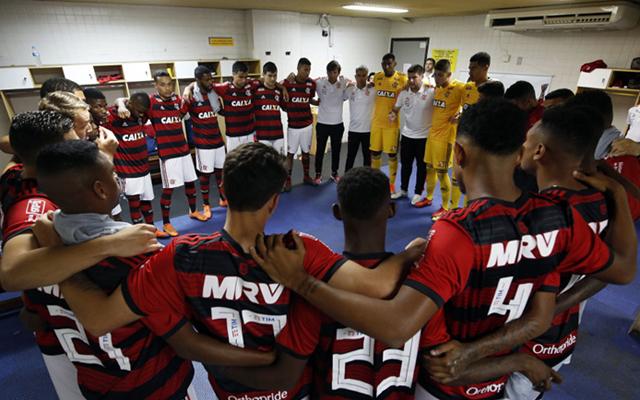 Flamengo precisa de seis gols de diferença para se classificar para final  do. ac2054ed9b35c