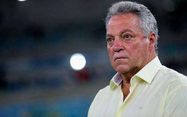 Abel Braga teria pedido contratação de meia badalado para o Flamengo