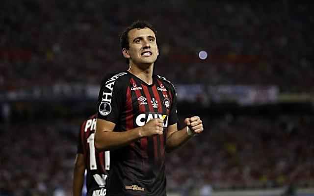 26a00796be Três jogadores do Flamengo são convocados pela seleção brasileira ...
