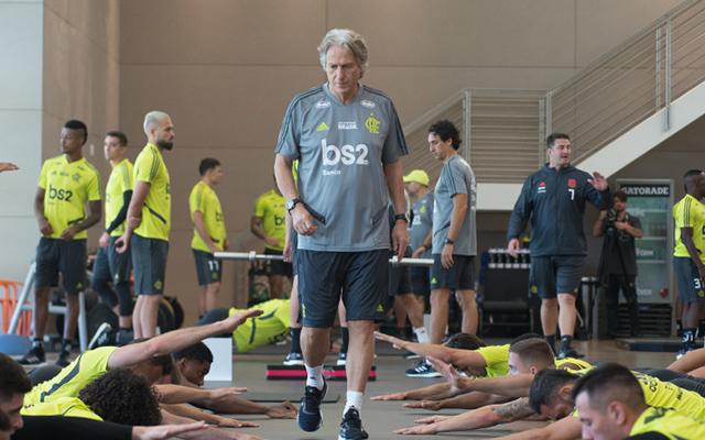 de2eed4ad8 Início da 'Era Jesus': Flamengo divulga bastidores do primeiro treino do  técnico português no clube