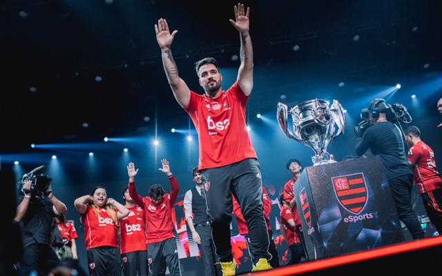 Destaque no cenário nacional, brTT entra na mira de outras equipes e pode  deixar o Flamengo eSports - Flamengo | Coluna do Fla