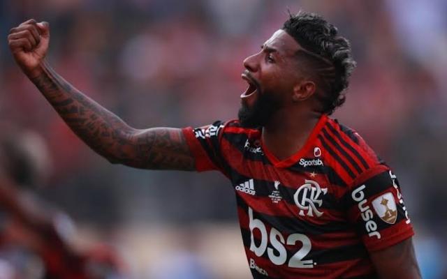 """Rumo ao Inter, Rodinei se despede do Flamengo: """"Fazia de tudo para dar o meu melhor"""""""