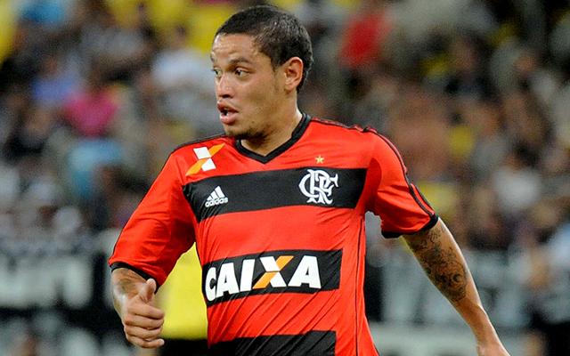 """Carlos Eduardo se arrepende de frase dita sobre o futuro do Flamengo: """"Estava com a cabeça quente"""""""