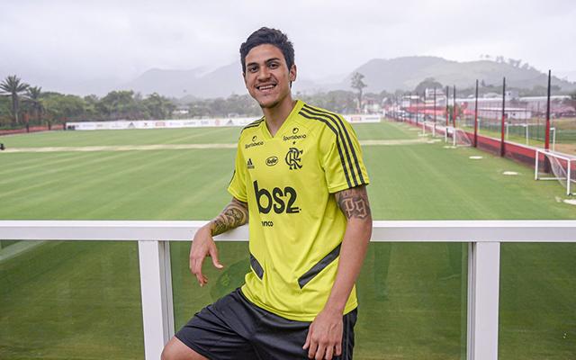 """""""Não vejo a hora de entrar em campo para escutar a torcida do Flamengo"""", declara Pedro"""