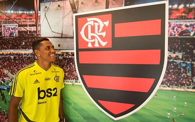 Antes de apresentação, Pedro Rocha define número que vai utilizar no Flamengo