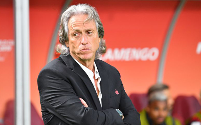 Jorge Jesus pede reajuste salarial de 50 para seguir no comando do Flamengo