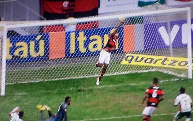 Relembre como foi o último confronto entre Flamengo e Palmeiras em Brasília