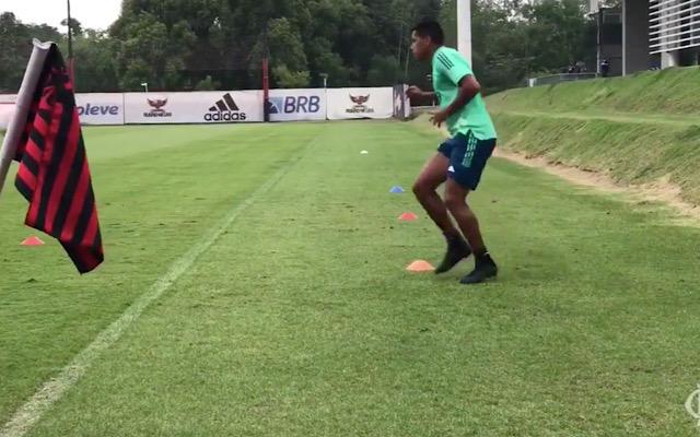 Sem condições físicas, Pedro Rocha segue afastado dos gramados