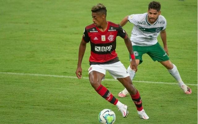 Flamengo deve ter até sete mudanças em relação ao time que enfrentou o Goiás no primeiro turno