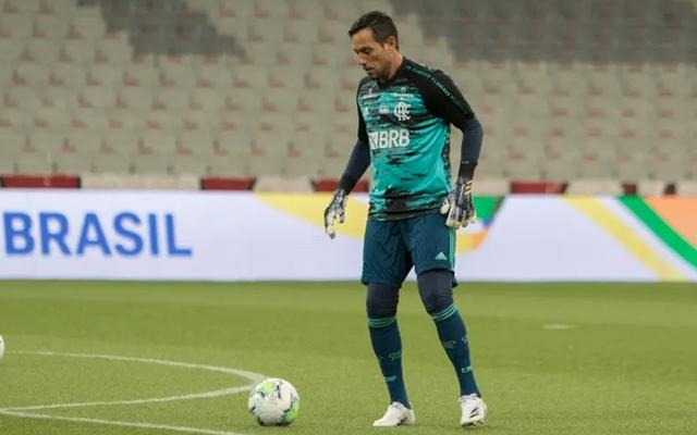 """""""Neste molde, Landim não vai aceitar"""", diz jornalista sobre renovação de Diego Alves"""