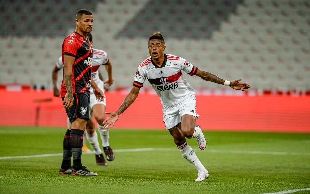 Bruno Henrique retoma forma ideal, e é determinante em arrancada do Flamengo