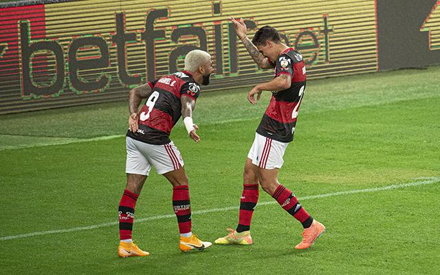Flamengo é o melhor visitante do Brasileirão com média de quase dois gols por jogo fora de casa