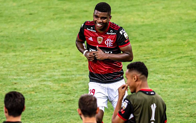 Vissel Kobe e Flamengo preparam troca de documentos para avançar negociação por Lincoln
