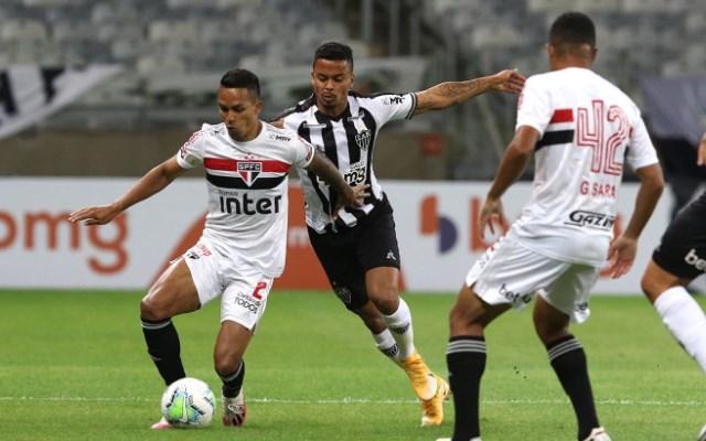 Rivais diretos do Flamengo, São Paulo e Atlético-MG se enfrentam nesta quarta
