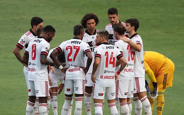 Elenco do Flamengo manifesta indignação com resultado do Prêmio Puskás