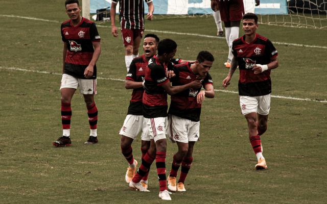No Campeonato Carioca, Flamengo busca talentos e iniciar competição com o pé direito