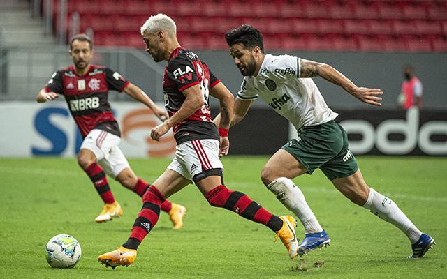 Após vitória sobre o Palmeiras, Arrascaeta manda recado para torcida do Mengão