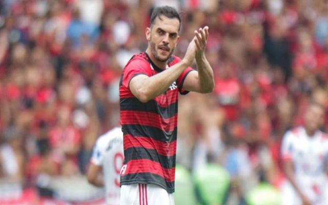 """""""Escolhi ser campeão"""", zagueiro ex-Flamengo revela que ficou no clube por Jorge Jesus"""