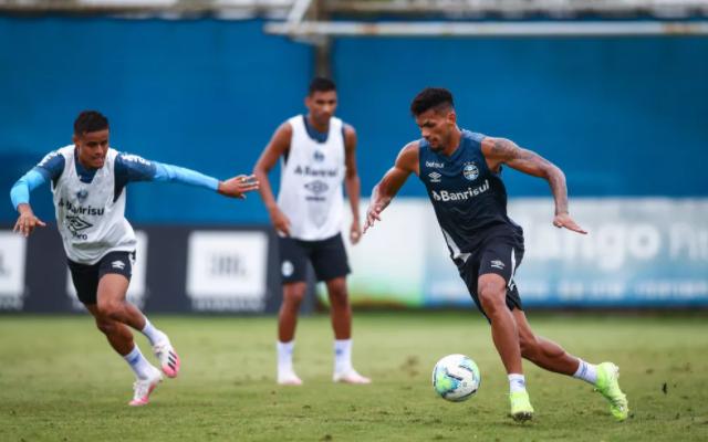 Com lesão de Geromel,, Grêmio tem novidade na zaga para enfrentar o Flamengo pelo Brasileirão