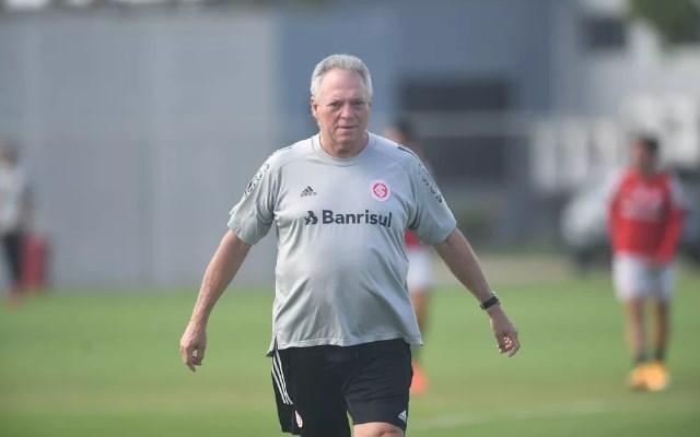 """""""Não vamos entrar preocupados"""", Abel ignora o Flamengo e pede tranquilidade para enfrentar o Corinthians"""