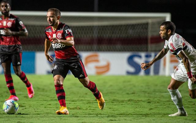 """""""Foi treinada"""", Everton Ribeiro revela ideia de Rogério Ceni de atuar em outra posição"""