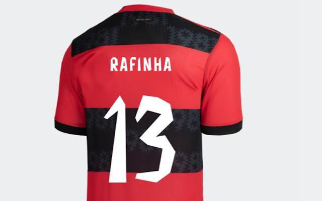 De volta ao Ninho? adidas disponibiliza personalização de Rafinha em novo uniforme do Flamengo