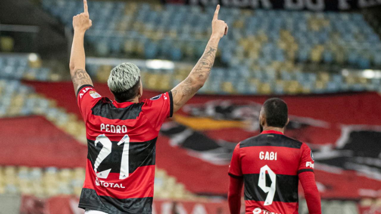 SBT usa jogo do Flamengo como estratégia para elevar audiência e concorrer  com Rede Globo e Record TV - Flamengo   Coluna do Fla