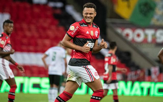 Clube inglês reforça disputa e prepara nova oferta por Rodrigo Muniz