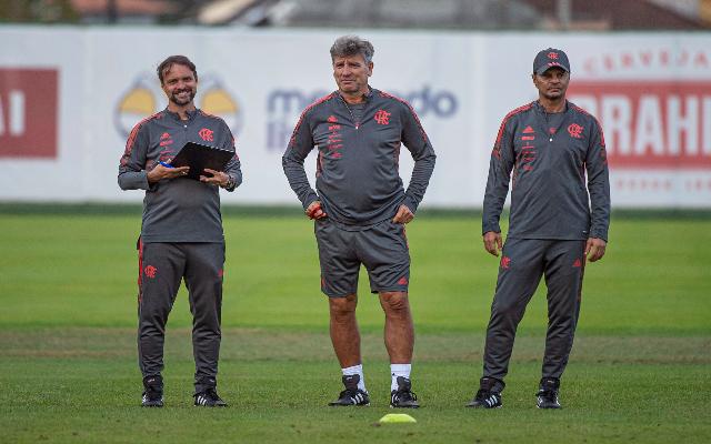 Após classificação, Flamengo se reapresenta no Ninho com foco no Brasileirão