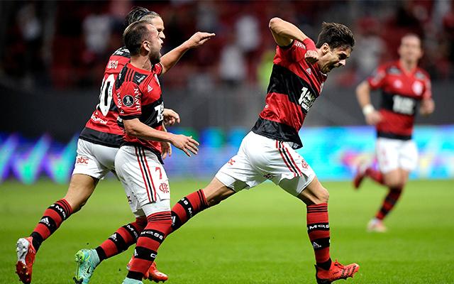 Análise: Flamengo vence bem, mas precisa arrumar a defesa