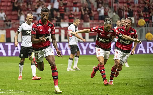 Ídolo do Fla aponta adversário mais difícil para o clube em possível final da Libertadores