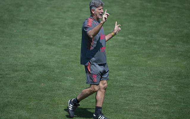 Flamengo retoma treinos nesta segunda e prega foco por arrancada no Brasileirão